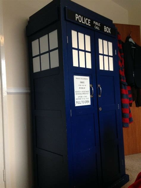 VERY RARE Child's Doctor Who wardrobe Dr Who Blue Tardis