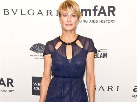 Robin Wright: Low Carb Paleo Diet Is My Weight Loss Secret