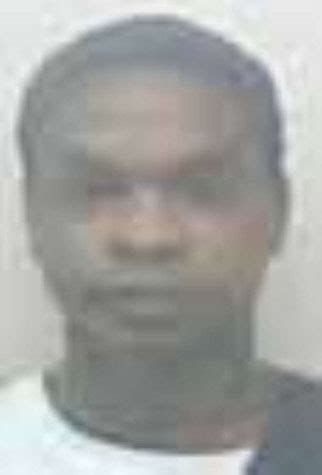 Clay County inmate escapes by cutting through razor-wire
