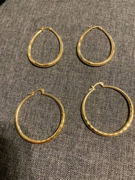 Gold plated hoop earrings they are very light and really