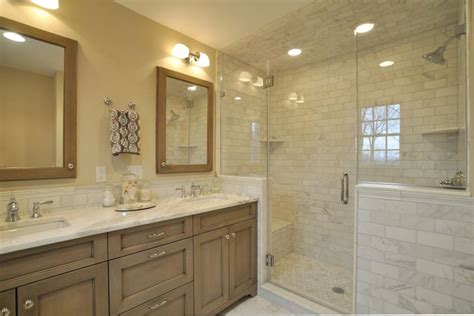 15 Stunning Master Bathrooms with Walk-In Showers