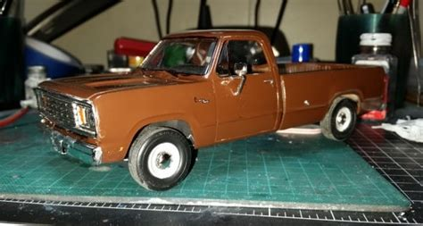 1/25 1978 Dodge D100 Custom Pickup 2T pictures by