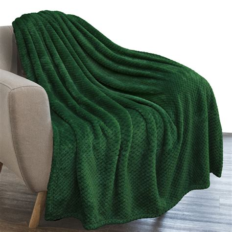 PAVILIA Waffle Textured Fleece Throw Blanket for Couch