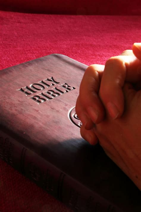 Prayer Added to City Council, County Meetings Following